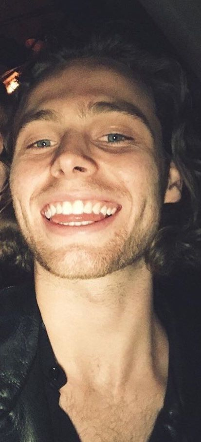 Luke Hemmings☺︎︎
