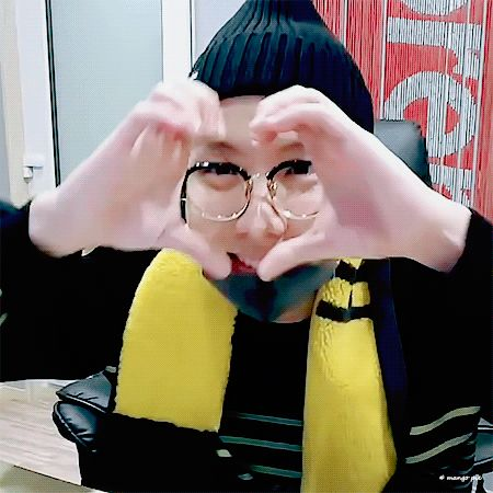 ❤ the little sound effect he did here, yeah that shits endearing so let him be himself ˗ˏˋ ♡ ˎˊ˗ ☆you're like a constant constellation guiding me☆ || #BTS