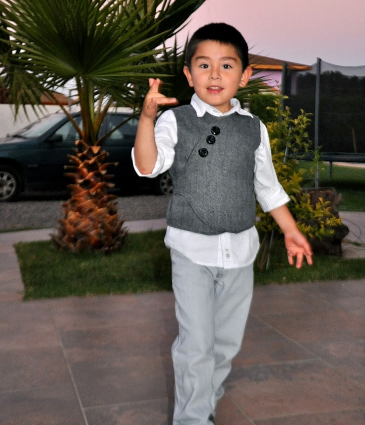 A beautiful Vest for Boys    :: Made to Order ::    Size 110 Cm to 122cm. ::