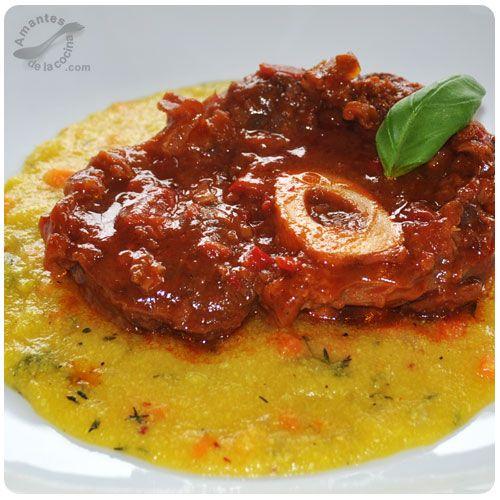 """El """"Ossobuco"""" en italiano y en español """"hueso con hueco"""" es un plato tradicional de la cocina italiana."""