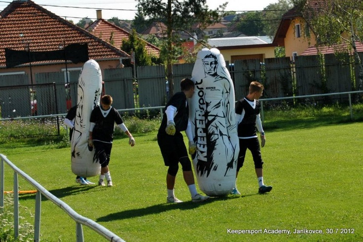 "KEEPERSPORT Academy  Goalkeepers with ""Keepersport Dummy"" :)"