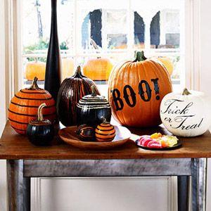 pumpkinsHoliday, Painting Pumpkin, Decor Ideas, Halloween Decor, Fall Decor, Fall Halloween, Painted Pumpkins, Halloween Fal, White Pumpkin