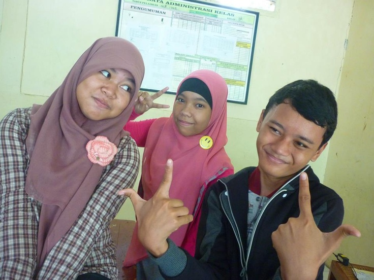 Location Mts.Muhammadiyah 1 depok : Rizka , Sabrina & Steven hamzah