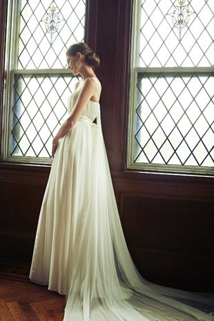 WEDDING DRESS - NOVARESE