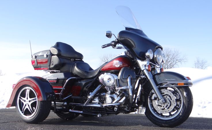 25 best motorcycle trike kits voyager conversion kits images on we cant wait for riding season check out how beautifully this ultra classic turned out converted with the voyager classic motorcycle trike kit solutioingenieria Choice Image