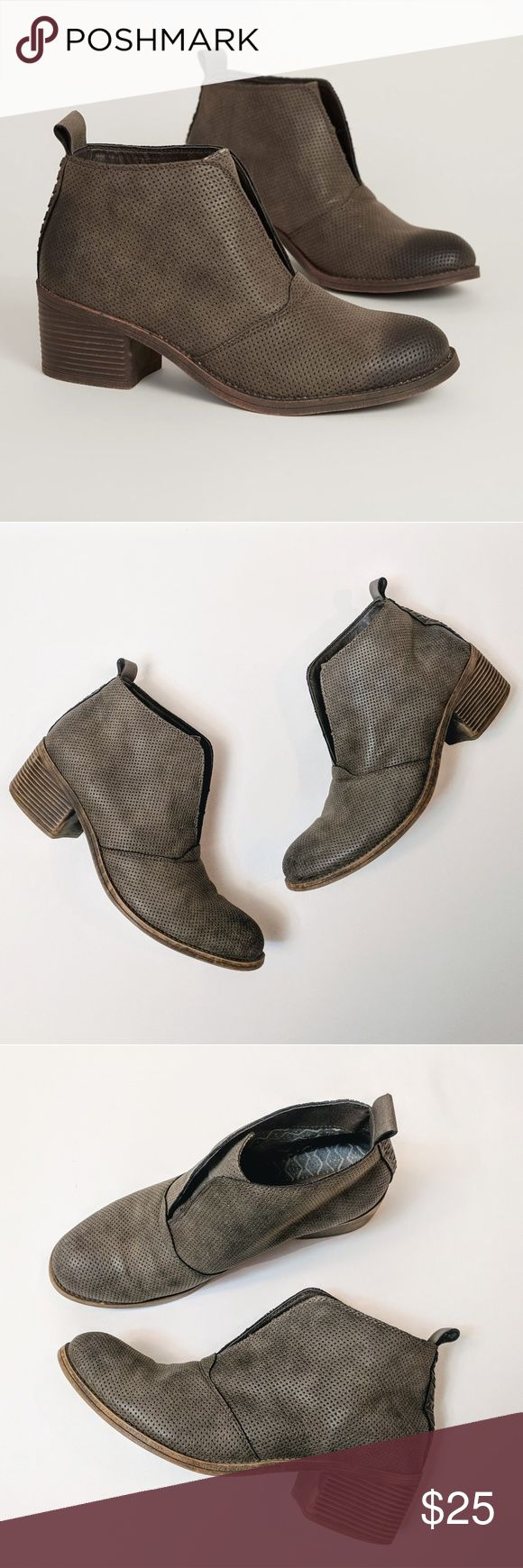 """Billabong Eccentric Ankle Bootie Faux leather perforated pull on ankle boots in espresso. Woven detail on the back heel. 2"""" block heels. Pull on tab at the top of ankles. Size 10. Great condition! Billabong Shoes Ankle Boots & Booties"""