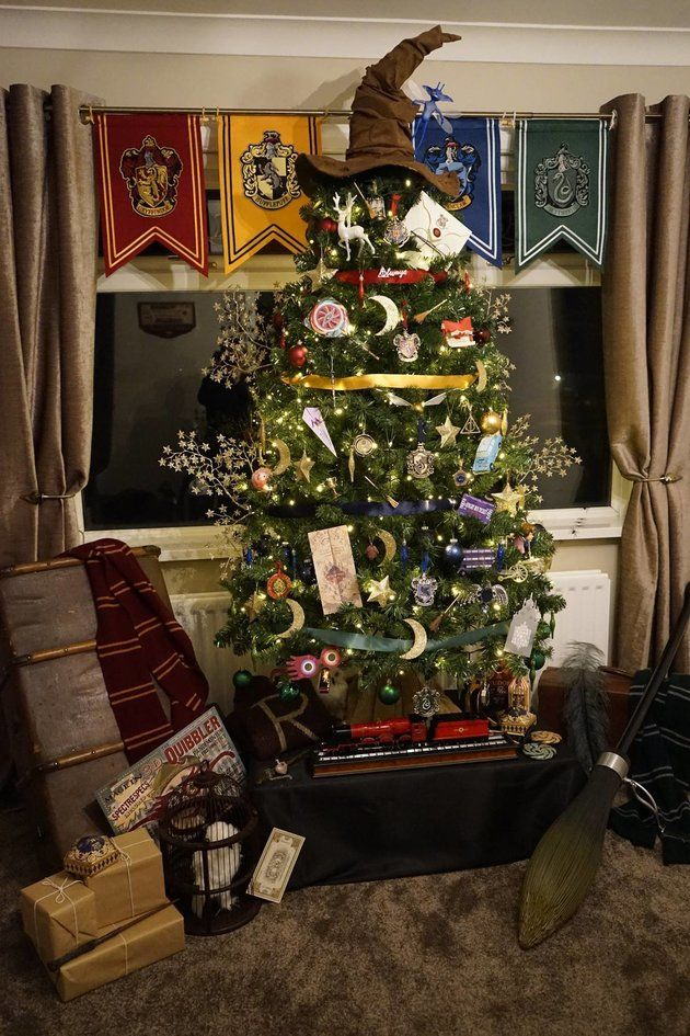 Harry Potter Christmas tree - A Snitch, Hogwarts acceptance letter and Ravenclaw diadem are hidden inside.