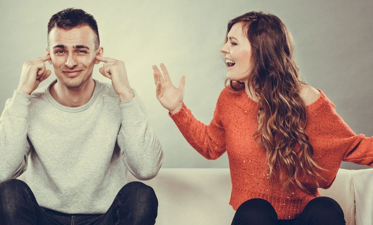 10 Signs Your Girlfriend Is Crazy