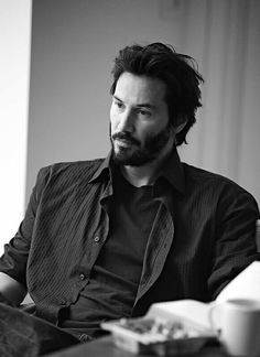 Keanu Reeves. With beard. Nice.