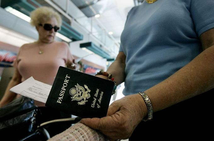 Australia details plan to replace passport stamping with bio