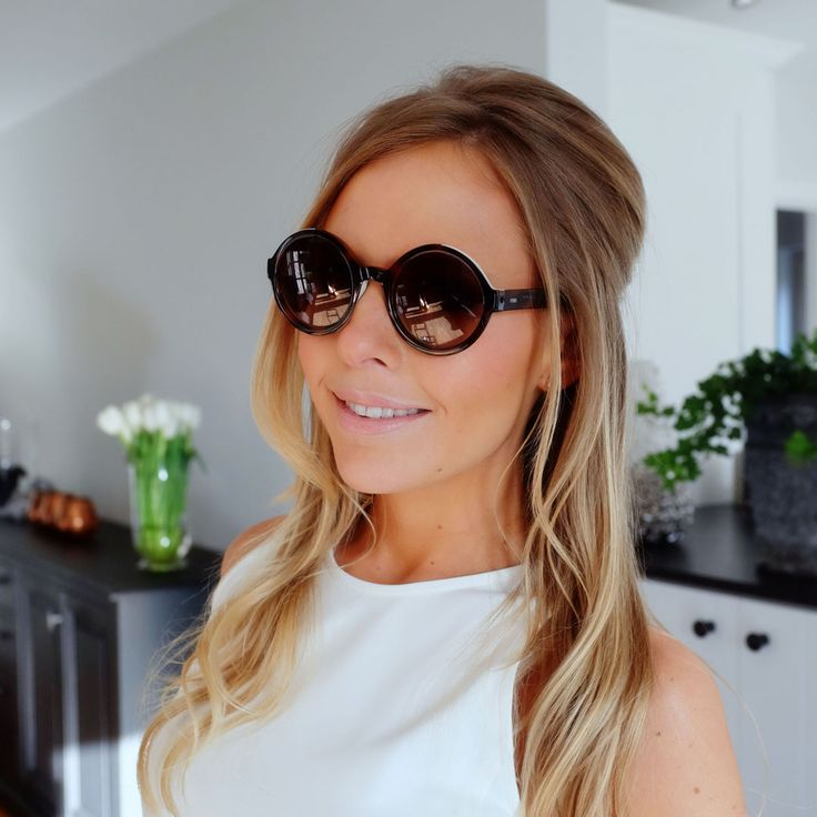 Steffie Docx - stylepoint.be | ronde zonnebril / round sunglasses - Fendi
