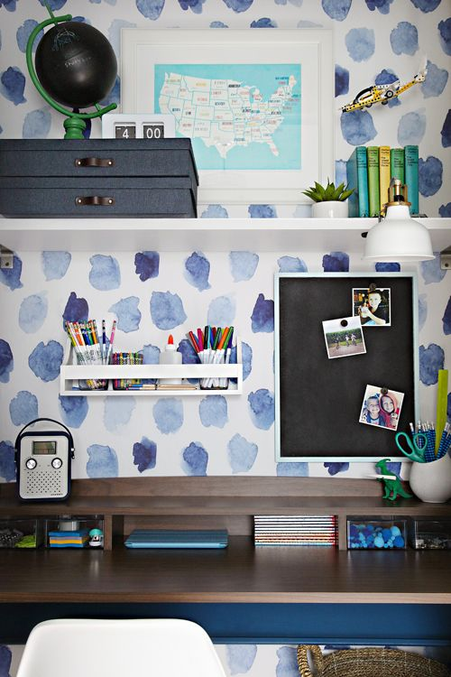 Back to School: A Creative and Organized Kid's Workspace