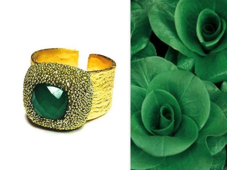 anello resina oro e pietra di onice verde di annaNì bijoux su DaWanda.com