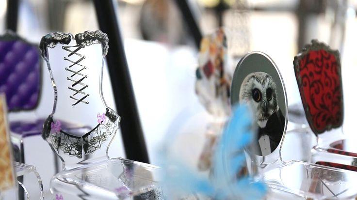 Tous les vendredis on vous présente une matière, un coup de coeur ou une marque. Aujourd'hui Acrila est à l'honneur !  https://www.youtube.com/watch?v=jW90NTl-6pc