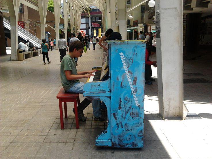 Pianos para tu Ciudad - Mall Plaza (Paseo Las Palmas).