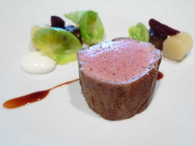 What It's Like To Eat A $445-Per-Person, 5-Hour Dinner At The French Laundry In Napa Valley.  Now see the food.....