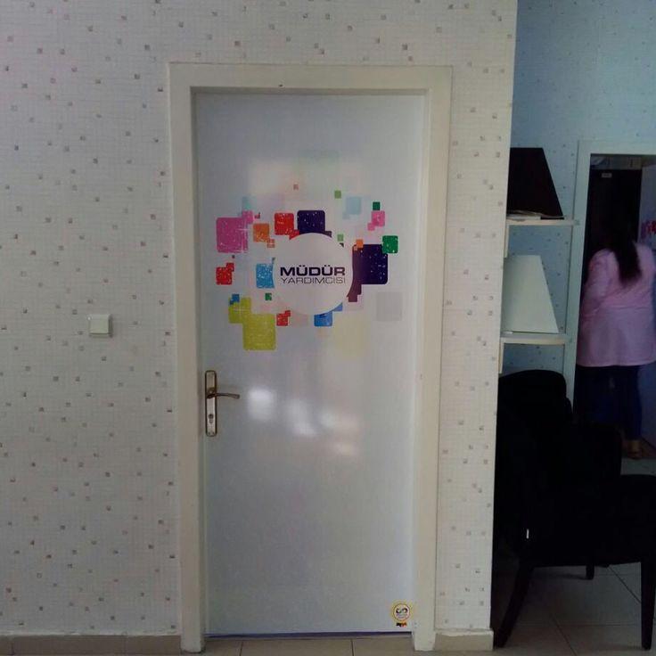 Eğitsel görsel merdiven yazısı eğitim kapı giydirme sınıf kapısı kapı kaplama www.renklikapilar.com 05323929255 Facebook'ta renklikapılar