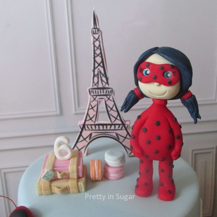 Lia´s Paris adventure as Ladybug | Ladybug