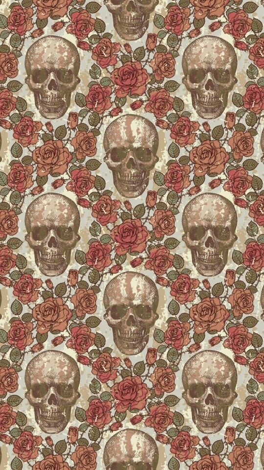 Skull & roses pattern wallpaper