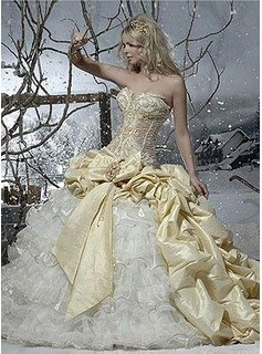 Nice A Line Princess Sweetheart Cathedral Train Taffeta Organza Wedding Dresses With Ruffle