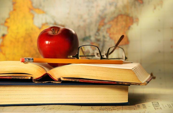 Studenci Akademii Polonijnej mają dostęp do licznych stypendiów. Dla wielu z nich pieniądze te są bardzo istotne, ponieważ można je wykorzystać np. by poszerzać swojej kwalifikacje.    http://pl.ap.edu.pl/ #studiaczęstochowa #studialicencjackieczęstochowa #studiamagisterskieczęstochowa #studiaonline