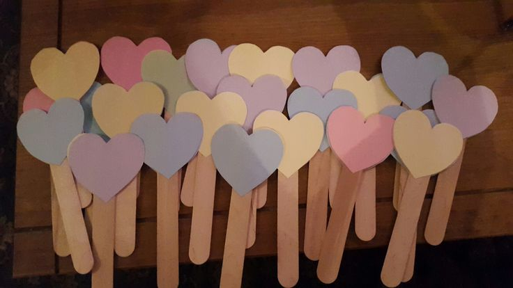 Heart popsicles. .. For the little people at our wedding to decorate or leave a message for us! Well have them dropped into a box and open them on our first wedding anniversary ♡
