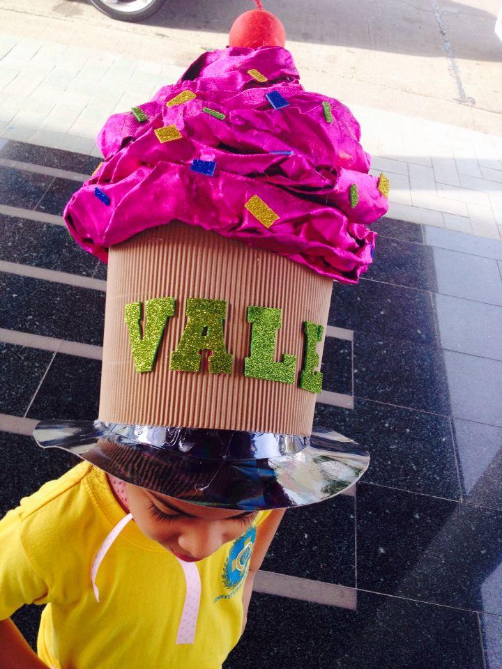 Crazy Hat day! Cupcakes Más