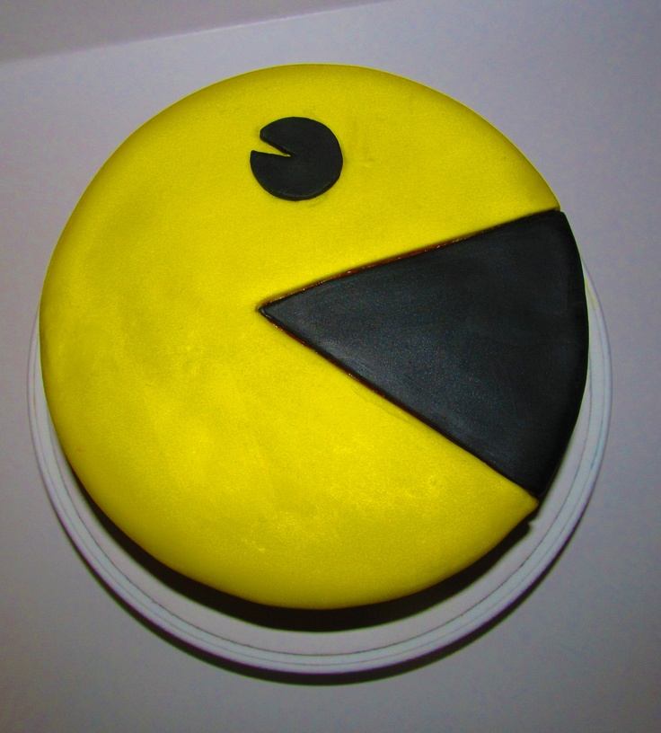 Pac-Man Birthday Cake I made