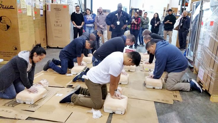 2017 Goal for Chefs' Toys: Train all staff on First Aid and CPR. Yesterday, the Chefs' Toys Anaheim location participated in a hands-on CPR lesson that included using incredibly helpful CPR manikins. Unpredictable situations may arise at any time and any place. By having a staff that is familiar with CPR, it will benefit our employees, as well as all our customers. Thank you to everybody who participated! #NewYearNewSkills #mychefstoys