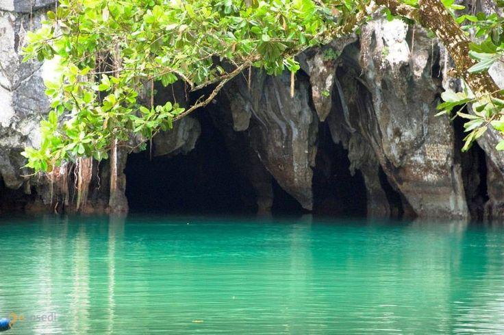 Подземная река Пуэрто-Принсеса – #Филиппины (#PH) Скорее всего, Филиппины стоит отнести к экзотическим направлениям для отдыха у россиян. Однако, если кого вдруг занесет на тропические острова, обязательно посетите Подземную реку Пуэрто-Принсеса на острове Палаван. http://ru.esosedi.org/PH/places/1000126038/podzemnaya_reka_puyerto_prinsesa/