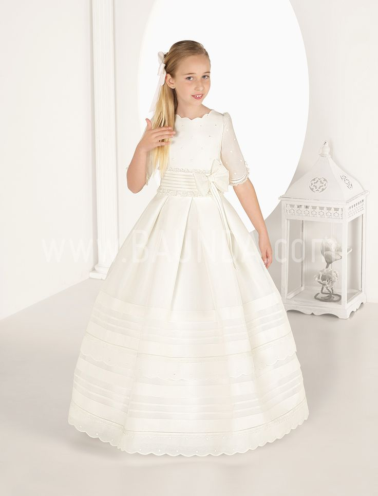 Communion dress sleve to elbow 2017 Carmy 7325. Elegant communion dress made in rustic fabric ivory colour. Online shopping shipping worldwide