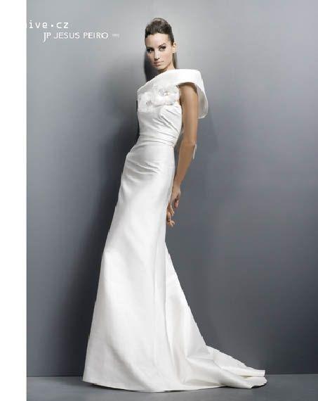 JESUS PEIRO svatební šaty, model 1002 (Praha)