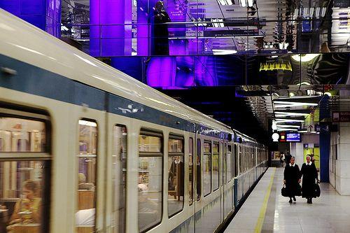 Munchener Freiheit, una delle stazioni più moderne della metropolitana di monaco