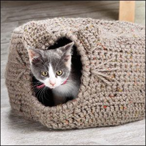 Crochet : Cat Igloo ❥ 4U hilariafina  http://www.pinterest.com/hilariafina/