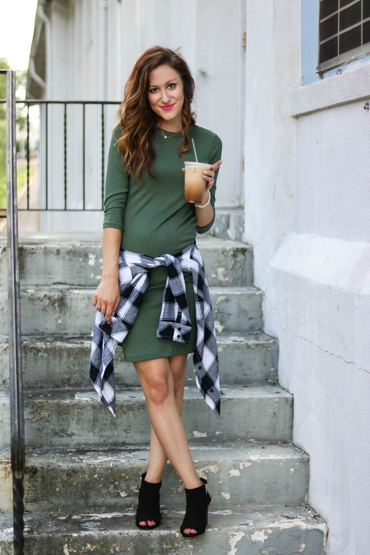 5d26c0d9 Philadelphia style blogger, Erica of Coming Up Roses, is sharing 3  different ways to wear this versatile plaid shirt ...