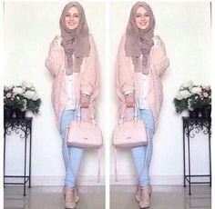 Hijab Fashion 2016/2017: Sélection de looks tendances spécial voilées Look Descreption HIJAB IS MY CROWN, FASHION IS MY PASSION, ENJOY (: