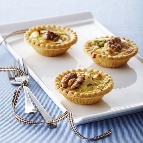Recipes - Mini Walnut, Spinach and Chicken Quiches - Chicken.ca
