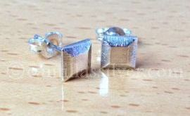 Sterling Silver Jewellery - earrings - Little squares with sloping sides