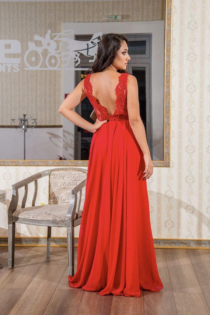 My red dress!❤  #reddress #embroidery