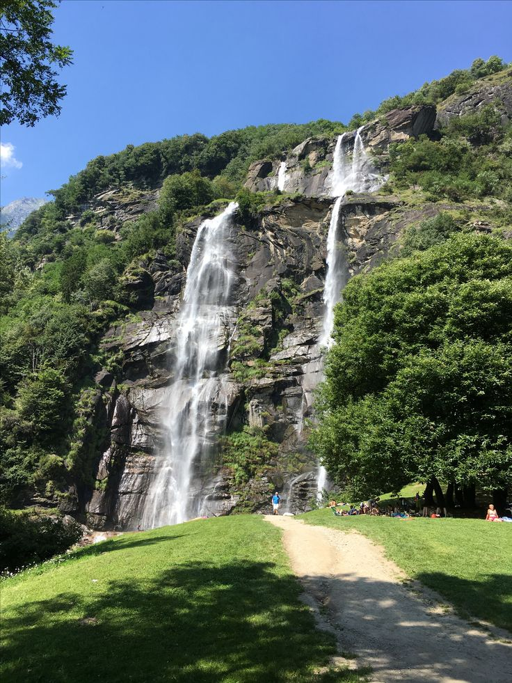 #italy #waterfall #nature #mountain