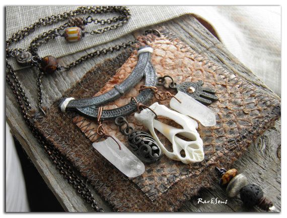 CollierTribal TweedPendentif en tweed et cuir de par rareetsens, €92.00