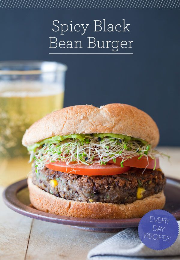 Vegetarian spicy black bean burger.: Dinner, Fun Recipes, Black Beans, Black Bean Burgers, Spicy Black, Food, Burger Recipes, Blackbean