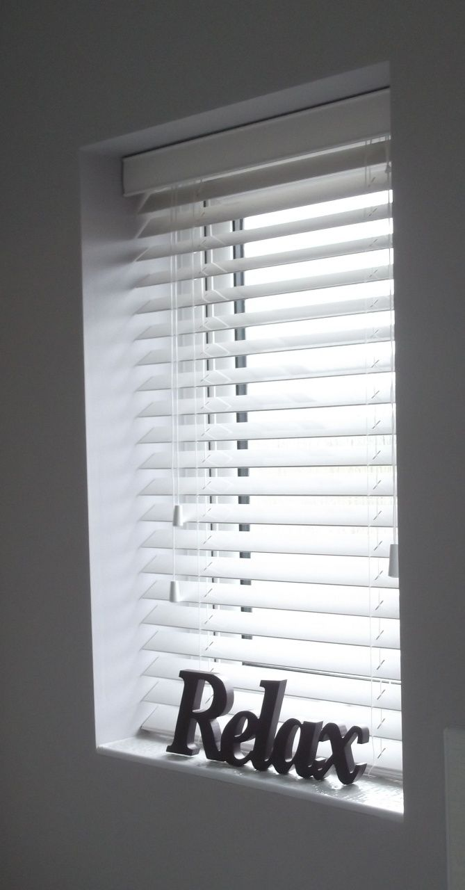 Faux Wood Blinds Home Depot In 2020 Wood Blinds White Faux Wood