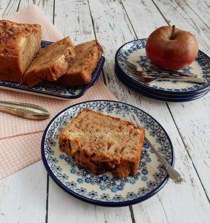 Het recept voor deze heerlijke appel-kaneelcake staat op mijn blog Homemade by Joke.