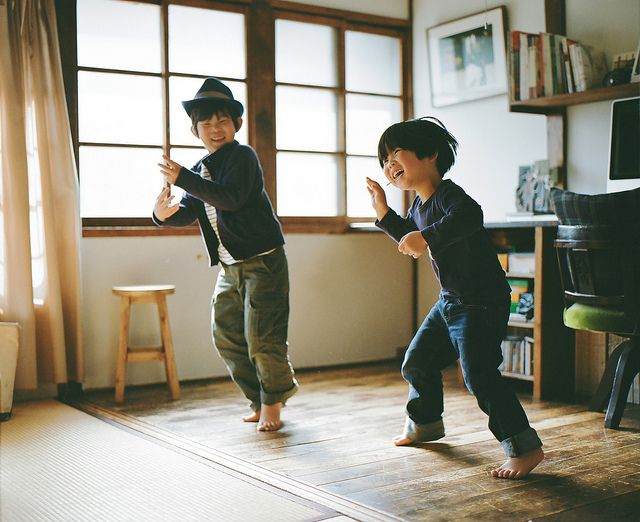 dance to the music Hamada Hideaki