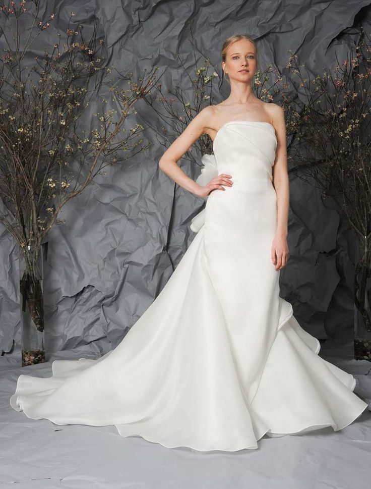 The design of this Austin Scarlett Trillium AS77 wedding dress is extremely couture!#austinscarlett