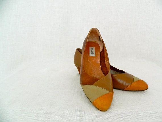 NISCHE . vintage women's low heels . natural tan leather mix . etsyau wandarrah oz au australia . shoes size 8.5