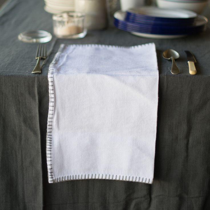 Francalia linen napkin, blanket stitch edging
