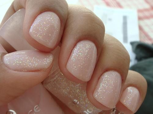 natural with just a little bit of sparkle....perfect!