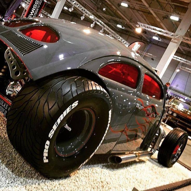 It's fuc*ING best custom aircooled Volkswagen Käfer! Damn cool #aircooled #Volkswagen #beetle #VW #vwbeetle #vwkäfer #käfer… – Walli